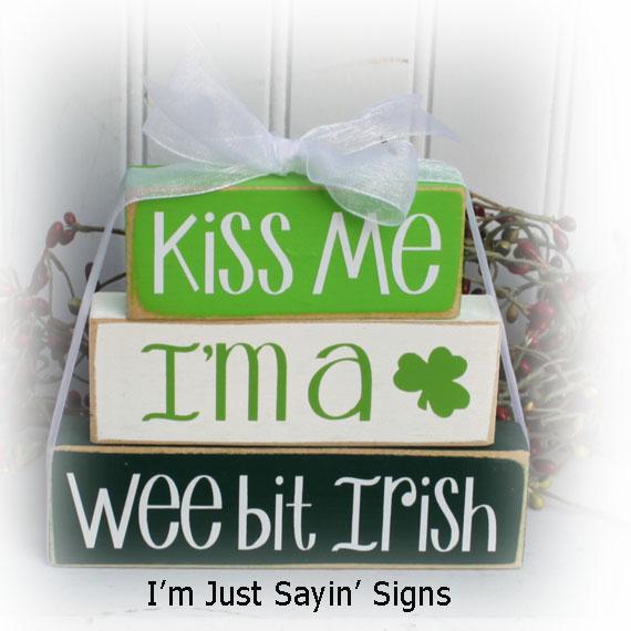 St. Patrick's Day Kiss Me I'm A Wee Bit Irish Itty Bitty Blocks